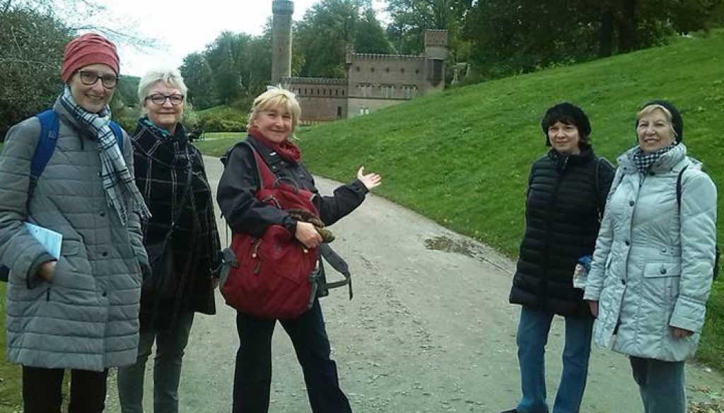 Tour mit Esther Schwade (3.v.l.)