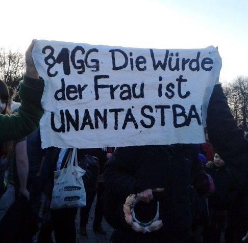 One Billion Rising in Berlin © FRIEDA
