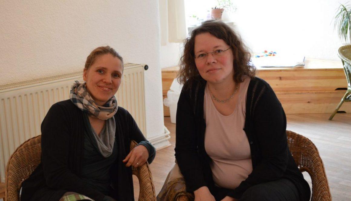 Im Gespräch mit der SPD Abgeordneten Susanne Kitschun © FRIEDA