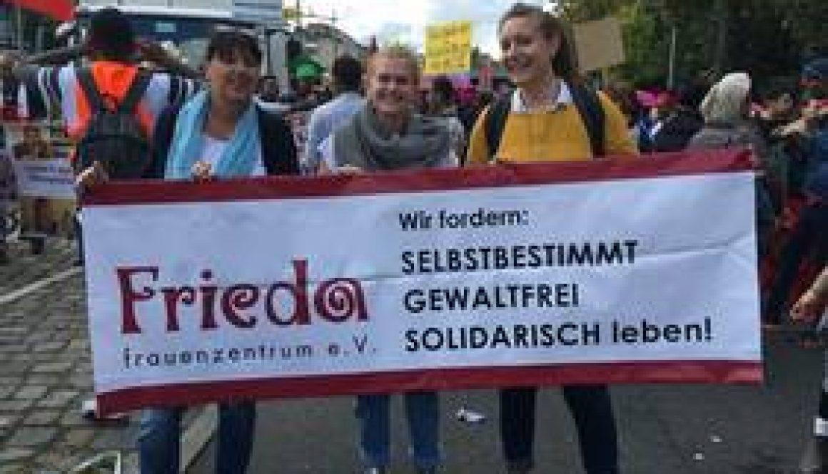FRIEDA-Frauen bei We'll Come United